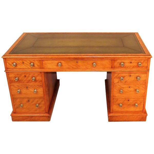 English 19th Century Victorian Satinbirch Pedestal Desk